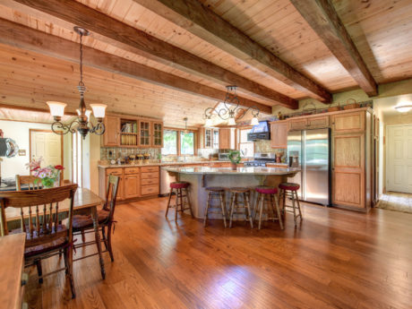 Country home for sale kitchen 4