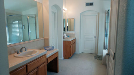 master bath room for sale Sacramento